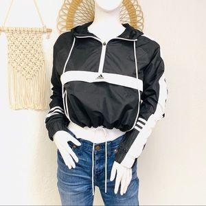 NWT Adidas   Cropped Hooded Windbreaker Jacket